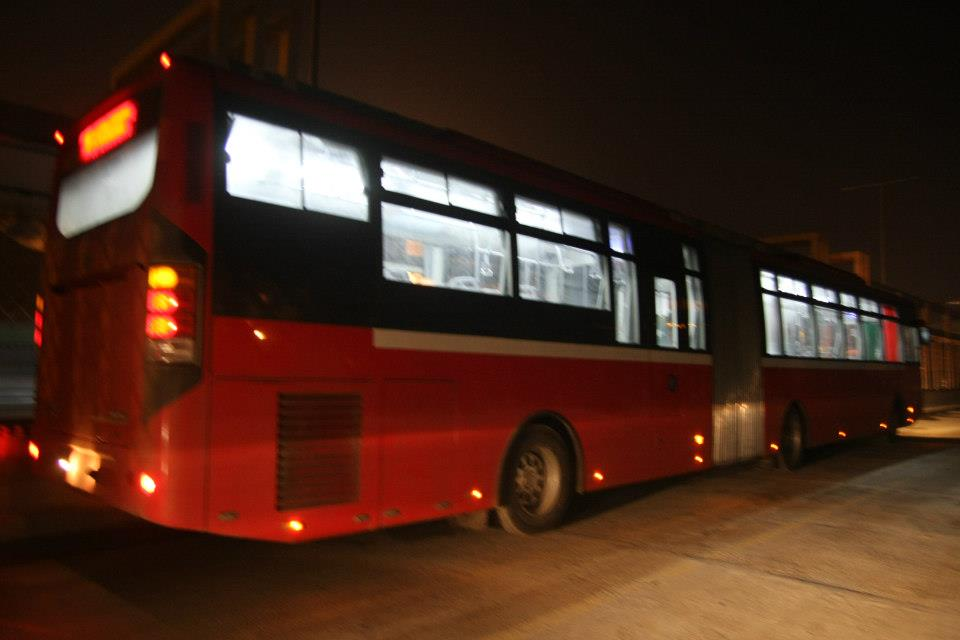 Metro-Bus-Side-View-in-Night