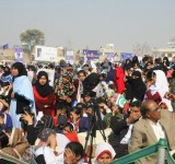 Shahbaz Sharif distribute Solar Home Systems in Bahawalpur (12)