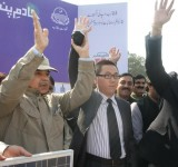 Shahbaz Sharif distribute Solar Home Systems in Bahawalpur (21)