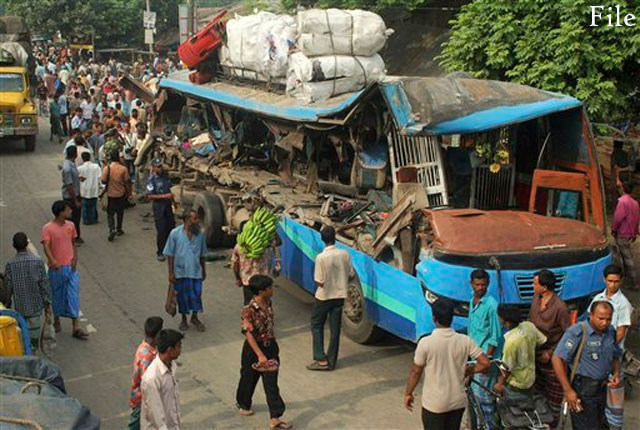 causes of road accident in dhaka city
