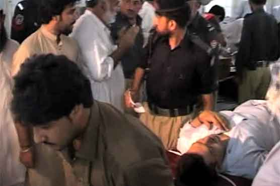 Blast near in Peshawar police station injures seven