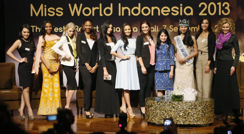 Miss World 2013 opens in Indonesia after protests