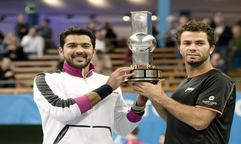 Aisamul Haq Qureshi and Julien Rojer win the Stockholm Open doubles title