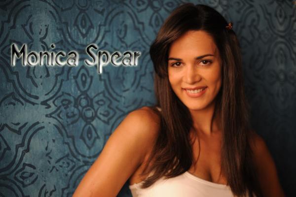 Former Miss Venezuela Monica Spear Killed During Robbery