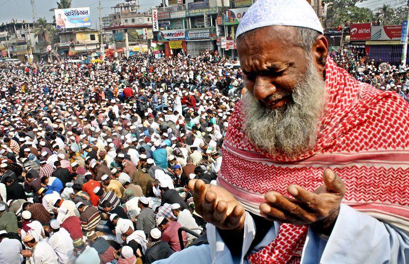 The 2nd largest Muslim congregation Bishwa Ijtema, Bangladesh 2014