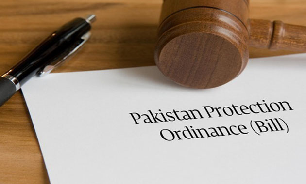 President Mamnoon Hussain signs Pakistan Protection Bill 2014