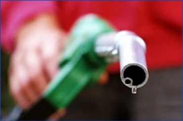 Petrol price eased by Rs2.94/litre, diesel by 95 paisa