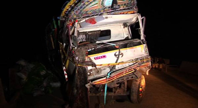 Truck Falls on House in Jhang