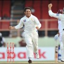 Pakistan spinners Ajmal bowls Pakistan back into contention